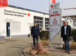 Vorsitzender Simon Redlng und Bürgermeister Dirk Harscher